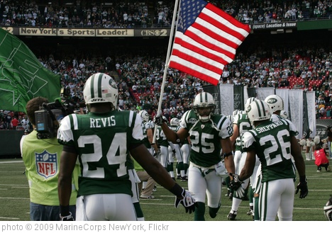 'New York Jets vs Jacksonville Jaguars Military Ceremony' photo (c) 2009, MarineCorps NewYork - license: http://creativecommons.org/licenses/by/2.0/
