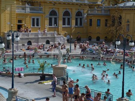 6.Spa Budapesta: piscina mica de la Szechenyi