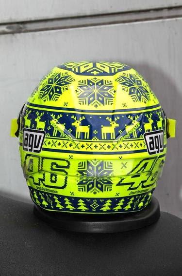 rossi-casco-mediaset8.jpg