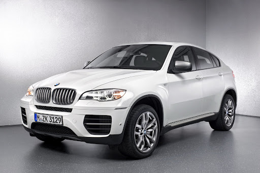 BMW-X6-M50d-03.jpg
