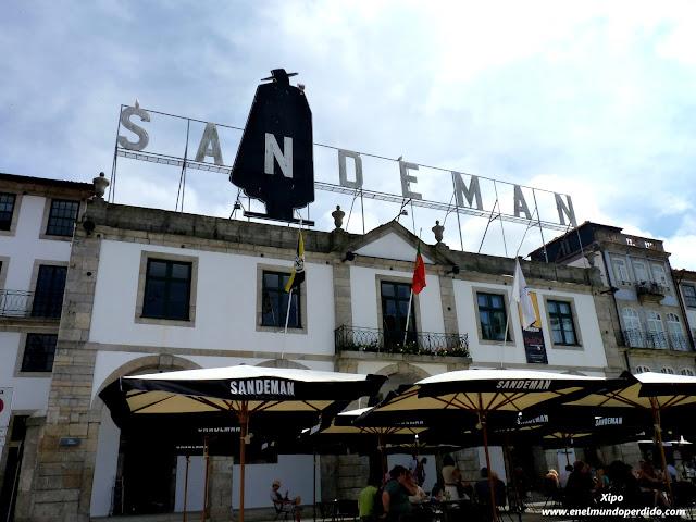 Entrada-bodega-Sandeman-en-Oporto.JPG