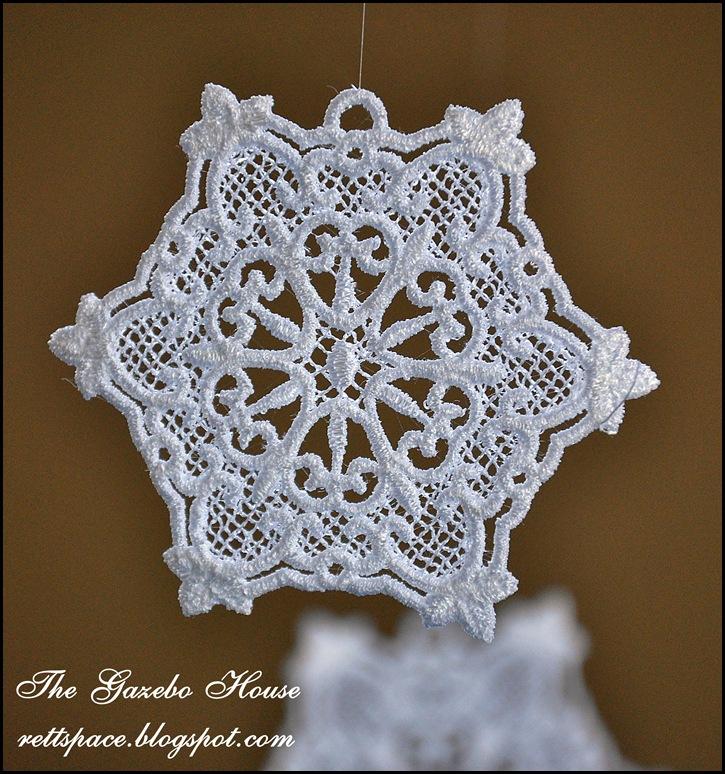 Jan Icey Blue Snowflakes 2