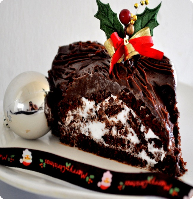 Yule log Chrismas cake