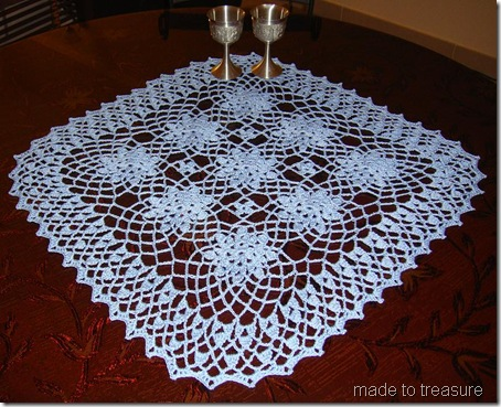 Lace Bouquet Doily