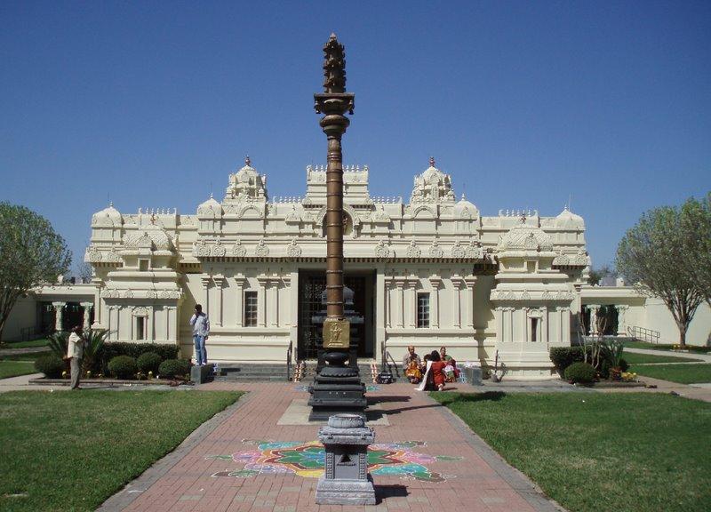 Wonderful Hindu Temples abroad: Lord Venkateshwara Temple(Birmingham United Kingdom), Malibu Hindu Temple(Malibu California US), Shiva-Vishnu Temple(Livermore California US) and many more