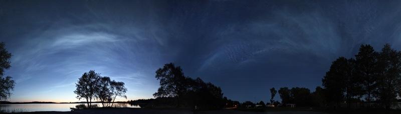 panoramica-de-tormenta-de-nubes-noctilucentes