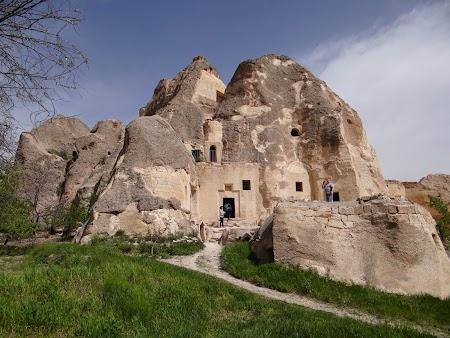 08. Manastirea Keslik.JPG