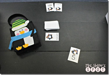 his is a splash game! The kids draw a card, read or identify the number. If they identify right, they get to keep it. If it is wrong, they have to put it back in the pile. If they draw a splash card, they have to turn all their cards back in!