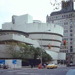 24.- F. Lloy Wright. Museo Guggenheim (Nueva York)