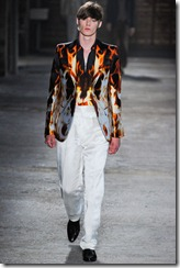 Alexander McQueen Menswear Spring Summer 2012 Collection Photo 27