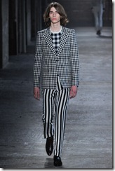 Alexander McQueen Menswear Spring Summer 2012 Collection Photo 1