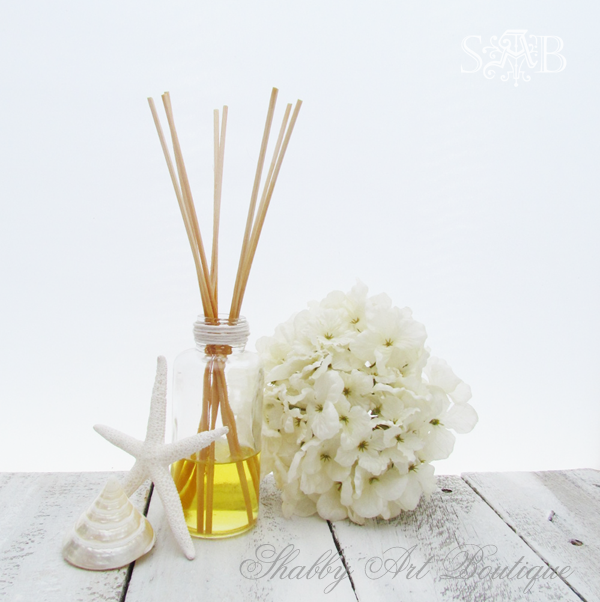 Shabby Art Boutique - reed diffuser 2