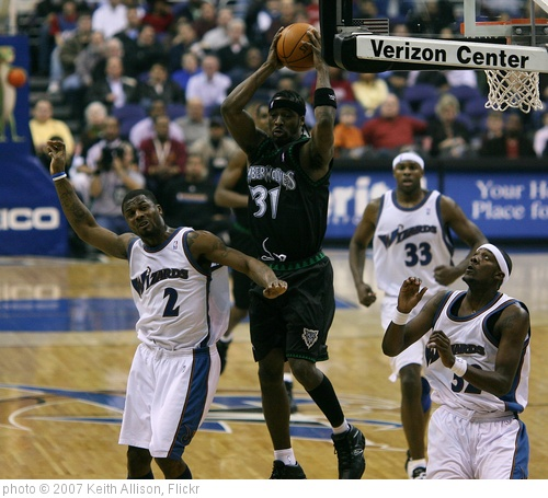 'Ricky Davis' photo (c) 2007, Keith Allison - license: http://creativecommons.org/licenses/by-sa/2.0/