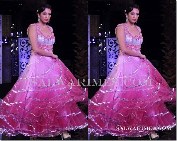 Jyotsna_Tiwari_Designer_Salwar_Kameez
