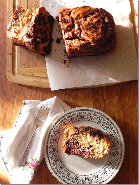 dark-chocolate-marbled-banana-bread-7
