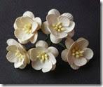 ScrapEmporium_Cherry Blossom Marfim com 25mm_flor_fs00149
