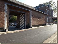 Rukkelingen, Bovelingenstraat 361: ruime gesloten hoeve