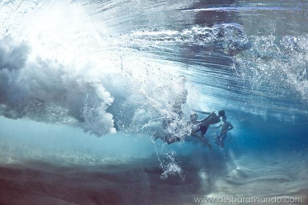 the-underwater-project-mark-tipple-fotos-submersas-nadando-lutando-oceano-mar-desbaratinando (3)