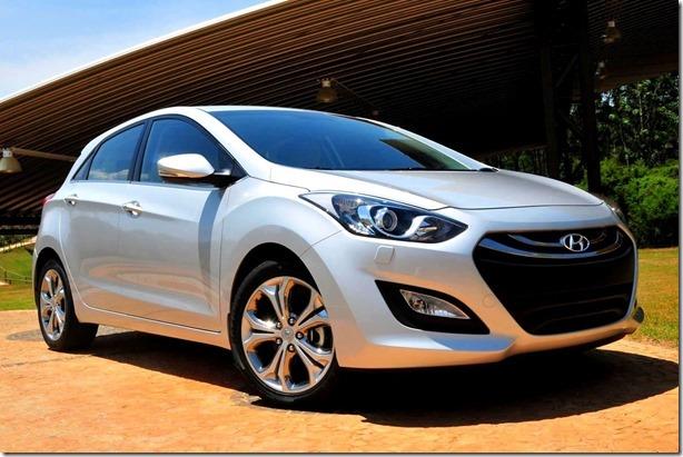 Novo-Hyundai-i30-2014 (1)[12][2]