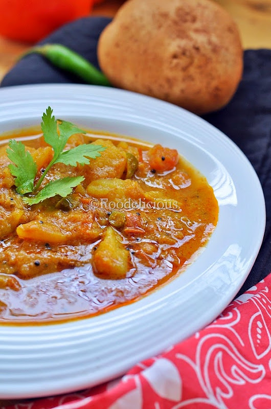 Foodelicious-Platform Potato Curry