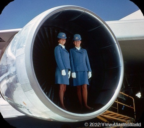 View-Master Pan Ams 747 (B747), Scene 1_5: Big Engines