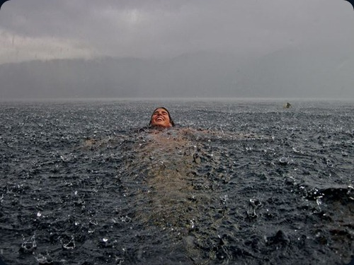rainstorm-swim-chile