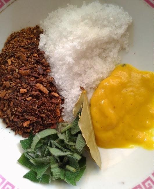 Cinnamon, Clove, Salt, Sage, Bay Leaf, Mustard
