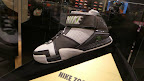 other event 130723 lebron manila tour 48 Rare LeBron Player Exclusive / Friends & Family Exhibition in Manila