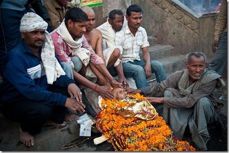 Индуистские религиозные погребальные обряды