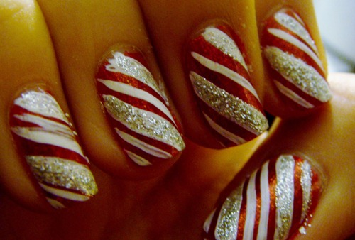 Sparkley Candy Cane Nails
