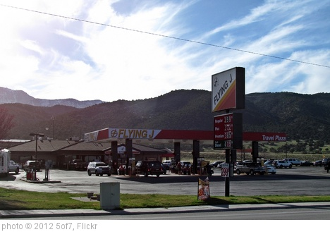 'Flying J gas station, Nephi, Utah' photo (c) 2012, 5of7 - license: http://creativecommons.org/licenses/by-sa/2.0/