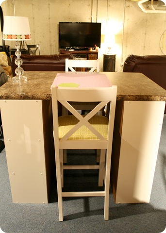 diy craft table from thrifty decor chick