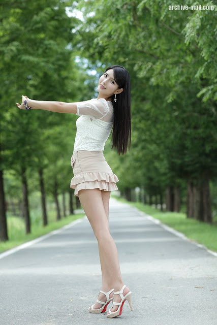 Cha Sun Hwa - Ruffle Mini Dress