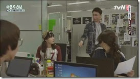 Plus.Nine.Boys.E08.mp4_000671804_thumb[1]
