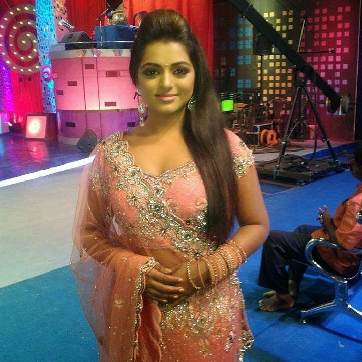 MOVIE TRACK: Meera Anil