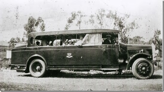 217-Navy-Bus-a