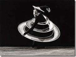 bauhaus triadic ballet