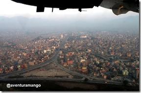 Sobrevoando Kathmandu