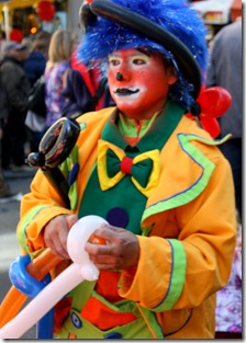 easter-parade-nyc-2012-baloon-clown