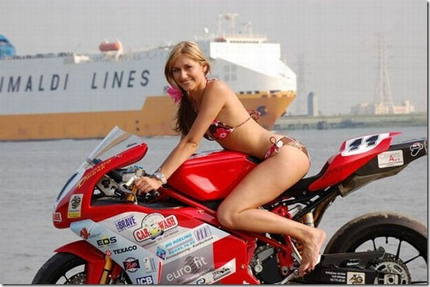 Mulheres e motos (2)