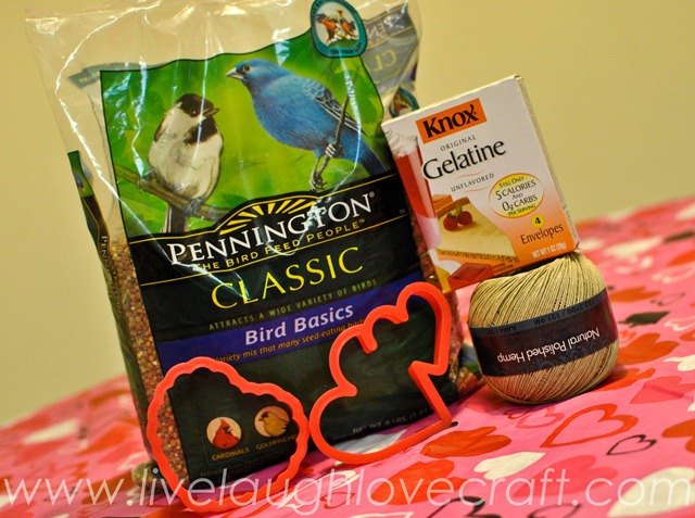 Valentine's day heart bird feeder ingredients
