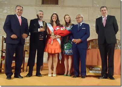 PREGÓN TAURINO 2012 CIUDAD REAL (7)Miguel Flores, Dulcinea y PANDORGO JUNTO AL PRESIDENTE DEL ATENEO ANTONIO ESPADAS Y MANUEL HERVAS