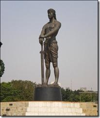 lapu-lapu statue in luneta park manila