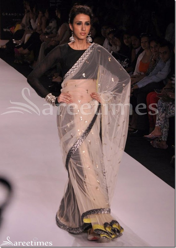 Payal_Singhal_White_Saree