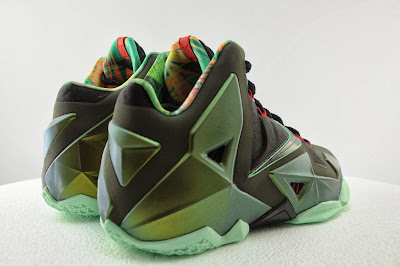 nike lebron 11 gr king of the jungle 2 06 kings pride King of the Jungle LeBron 11 is Only Five Days Away!