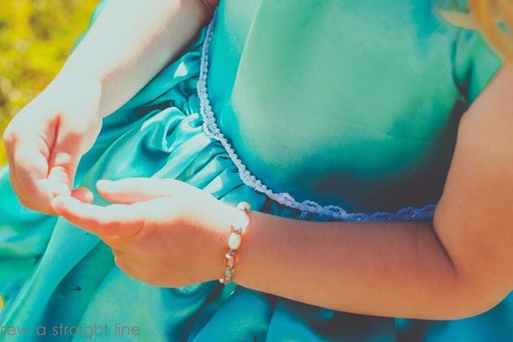 5 & 10 designs princess dress sew a straight line-19