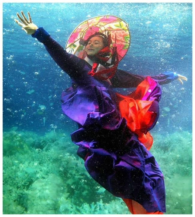 underwater love 4