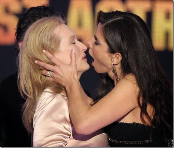 awkward-kissing-fails-8