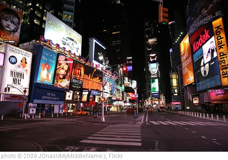 'times square at night' photo (c) 2009, JOnasIsMyMiddleName:) - license: http://creativecommons.org/licenses/by/2.0/