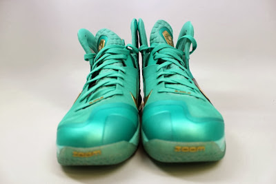 nike lebron 9 ps elite statue of liberty pe 4 02 It Takes $12,900 To Own Two Pairs of Rare LeBron 9 PS Elite PEs